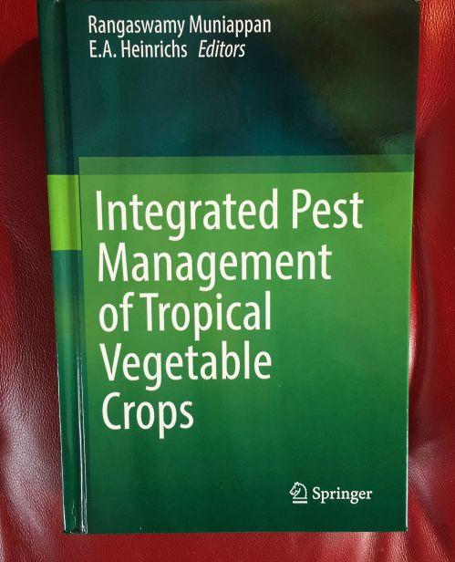 veg-ipm-book-img_2871